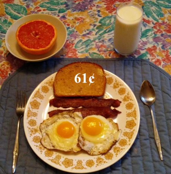 bacon eggs breakfast